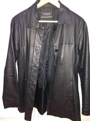 Campera de cuero negra de mujer talle medium