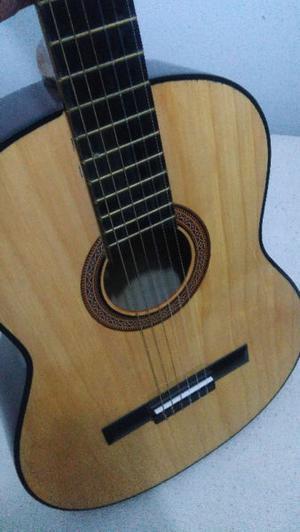 Guitarra ElectroCriolla con Funda y Linea