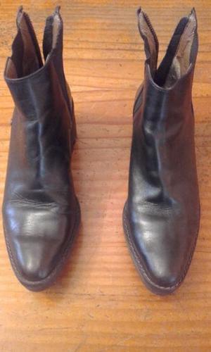 Botas Cortas De Cuero Negras Nº. 36 Con Cierre, Etc