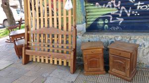 Cama y mesas de luz de algarrobo