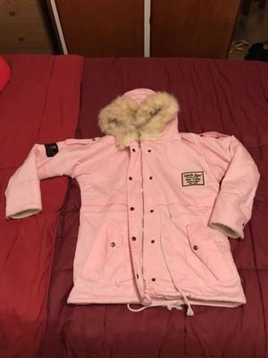 Campera rosa invierno con capucha
