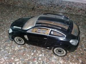 Ferrari, 4x4 y Camioneta Negra