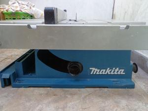 Sierra circular de banco Makita w Made in U.S.A.