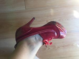 Botinetas rojas talle 36- mujer