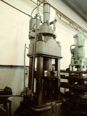 Prensa hidraulica 300tn
