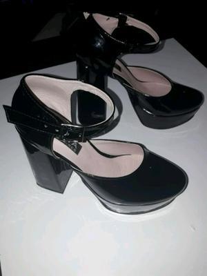 Zapatos como nuevos...un solo uso