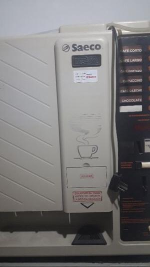 Cafetera Saeco, funcionando