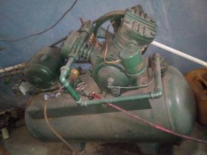 Compresor de aire 300 LBS trifasico