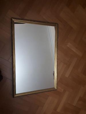Espejo rectangular marco madera labrada y dorado a la hoja