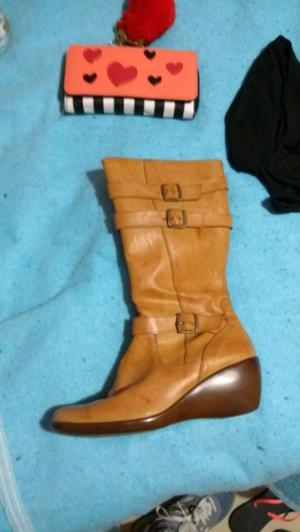 Vendo botas nuevas nro 38