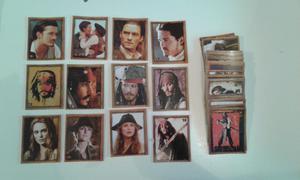 Vendo lote de 143 figuritas diferentes de piratas del caribe