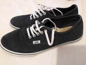 Zapatillas Vans Mujer Nro 38 azul casi nuevas sin detalles