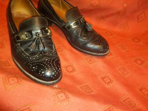 Zapatos tipo mocacin de cuero