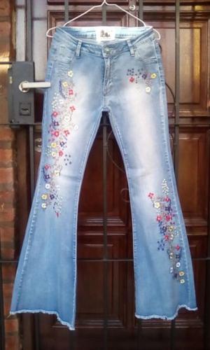 jeans elastizado y bordado