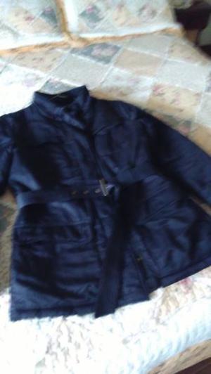 Campera negra de abrigo