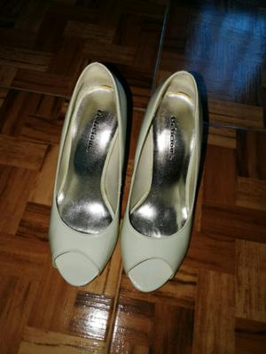 Zapatos de taco importados