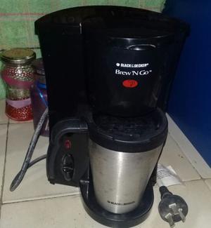 Cafetera personal con jarro