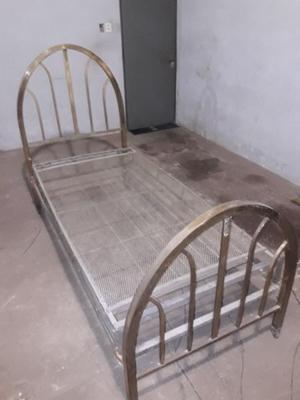 Vendo cama antigua bronce 1 plaza