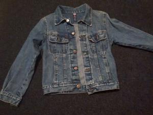 Vendo campera de jeans nena