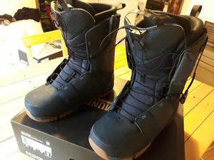 BOTAS SNOWBOARD SALOMON TALLE 10.5 UK