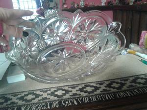 Centro de mesa, frutera, ensaladera de vidrio tallada