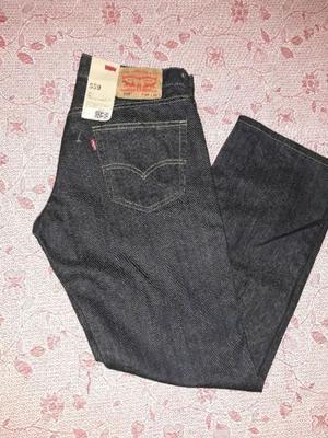 Liquido jeans levis talle 40, original nuevo