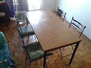 Juego de comedor mesa y 4 sillas de hierro