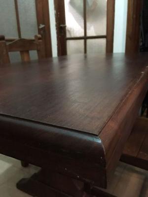 Mesa de Algarrobo con 4 Sillas usado
