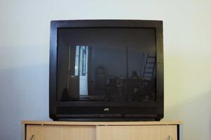 VENDO TELEVISOR JVC 29 PULGADAS COMO NUEVO!!