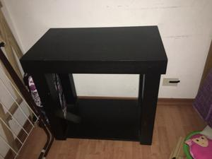 Mesa de roble para televisor o plasma palermo posot class for Mesas para televisores plasma