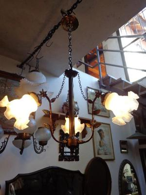 Hermosa lámpara colgante, araña. Antigua Saudade