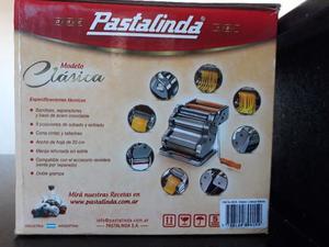 Vendo PASTALINDA con ACCESORIO PARA RAVIOLES