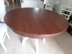 Mesa redonda antigua, extensible, estilo luis XVI, madera