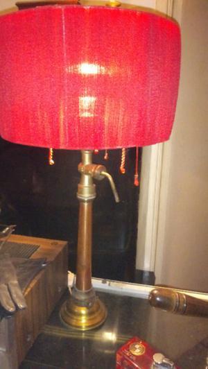Antigua lampara de mesa pico de bombero antiguo cobre y