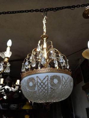 Exquisita lámpara colgante estilo imperio. Antigua Saudade