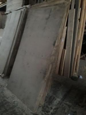 FENOLICO TERCIADO PLACAS 220X110 USADO 6MM 2 MM