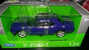 Welly 1:24 Dodge Challenger SRT