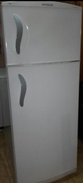 Heladera con Freezer Patrick