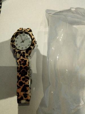 Reloj nuevo animal print