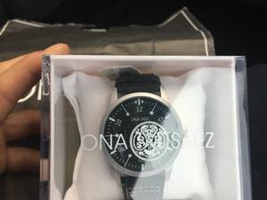 Reloj nuevo sin uso