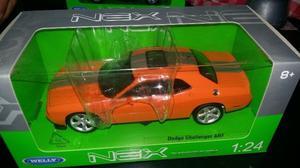 Welly Dodge Challenger Srt 1:24