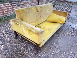 juego sillones: un sofá 3 cuerpos y dos de 1 cuerpo