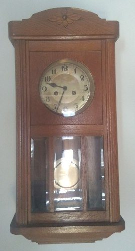 Antiguo Reloj. Aleman Con Pendulo Caja De Roble