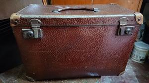 Caja antigua de herramienta de cuero y madera