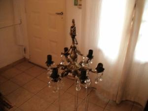vendo antigua araña de bronce 6 luces con caireles (le