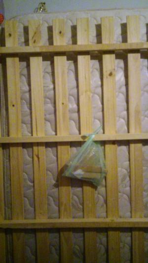 Cama de madera de Pino y colchon