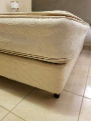 VENDO: Somier y colchón 2 1/2 plazas usado