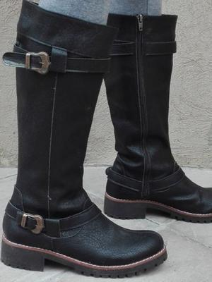 Botas negras N° 40