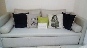 Sofá cama 3 cuerpos usado ideal living