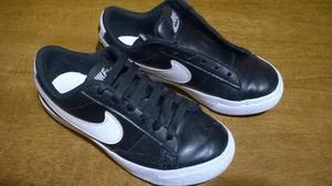 Zapatillas Nike cuero negro Nº 29